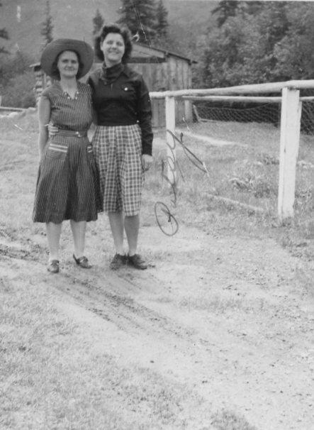 Dortha and Patsy